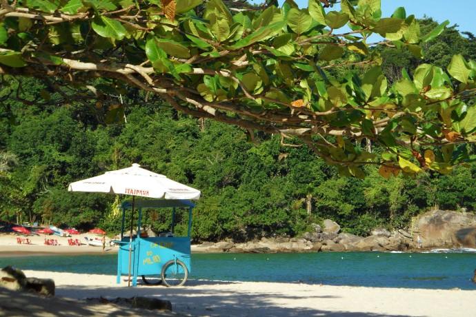 brazil paraty beach liveliketom