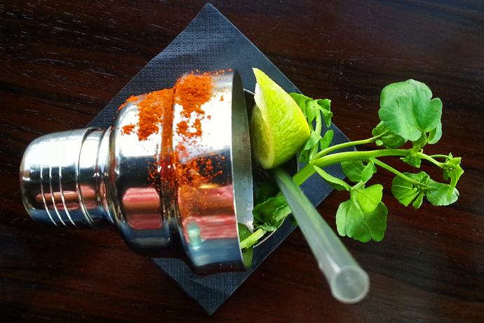 aqua-shard-cocktail-hot-tommy-liveliketom