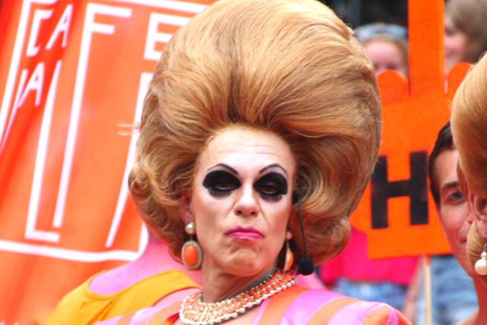 strikapridepose paul poelstra bea gay pride rotterdam