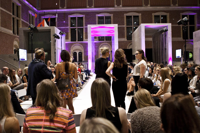brillenmodeshow eyewish 2014 start