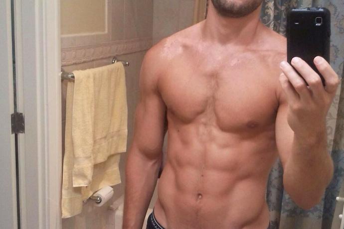 hot guy gym selfie sportritme