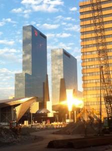 station rotterdam centraal met zon