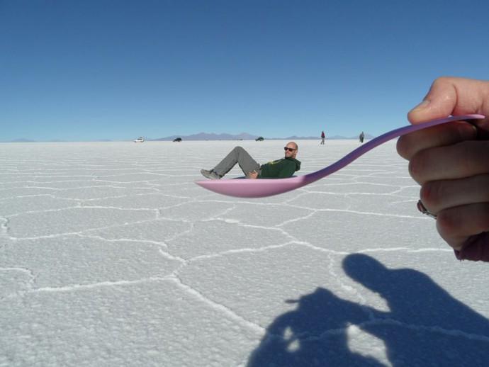 Bolivia Salar de Uyuni spoon