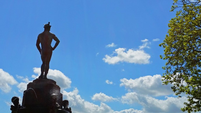 leeuwarden-mercurius-beeld-fontein