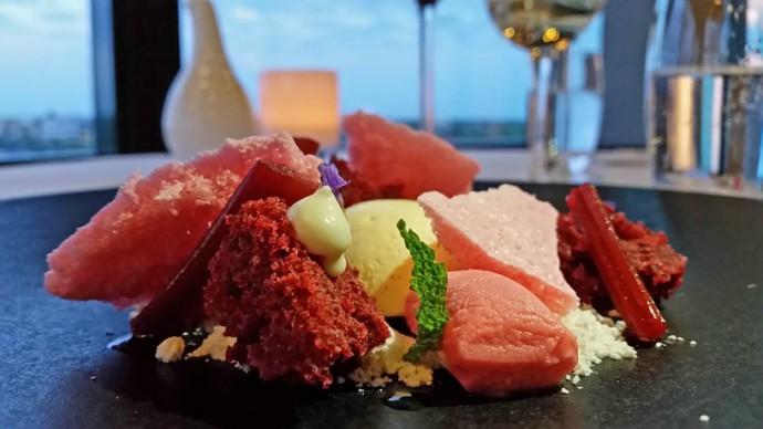 restaurant-eleve-dessert-red-velvet-cake