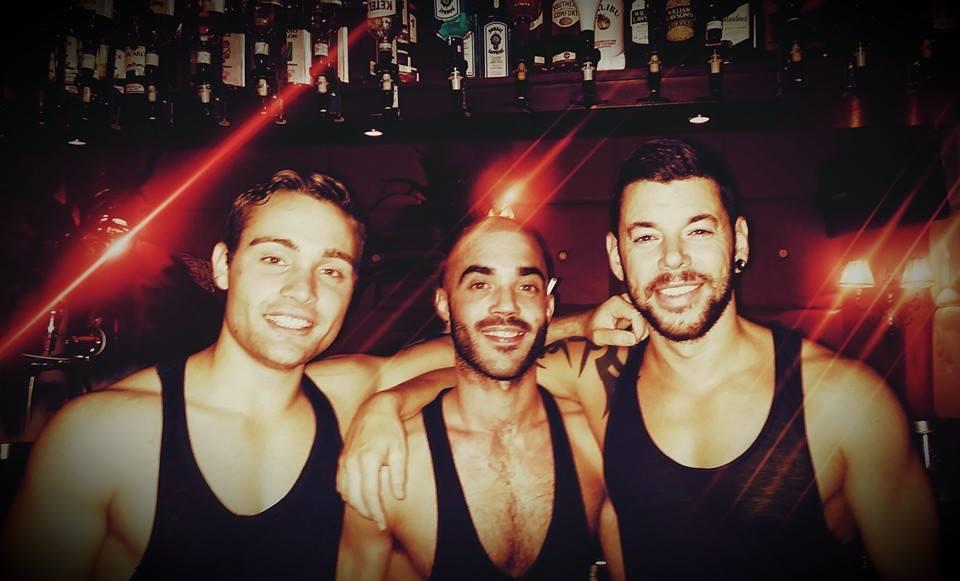 gay bar Strano