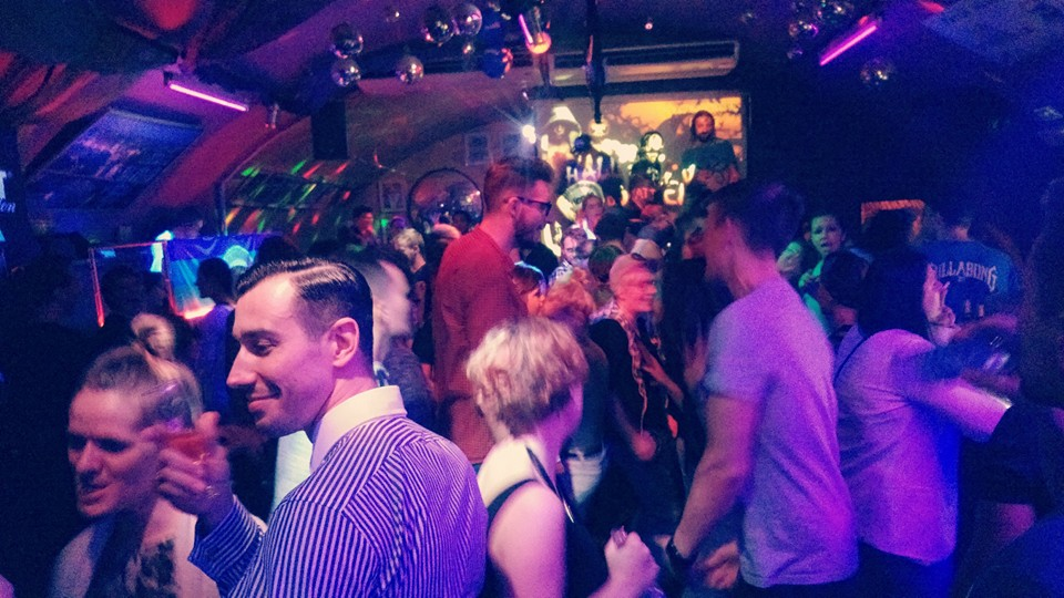 bisexual-clubs-in-ottawa-amateur-girls-forum