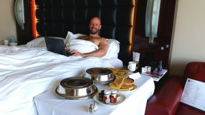 breakfast in bed las vegas gay couple gay vegas