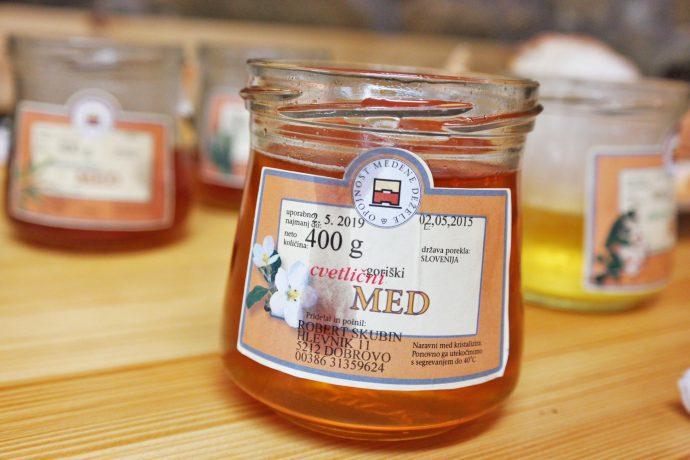 honing-proeverij-dobrobvo-honey-tasting-prosciutto-dobrovo-slovenia