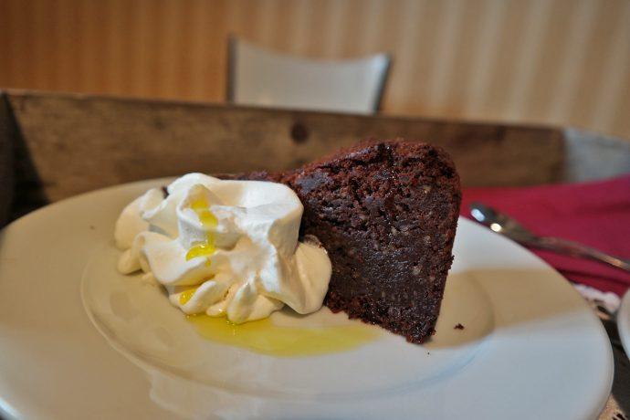 chocolate cake with olive oil tasting smartno slovenia