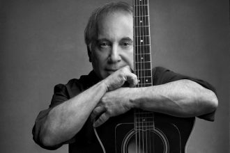 paul-simon-north-american-tour-2016-stranger-stranger