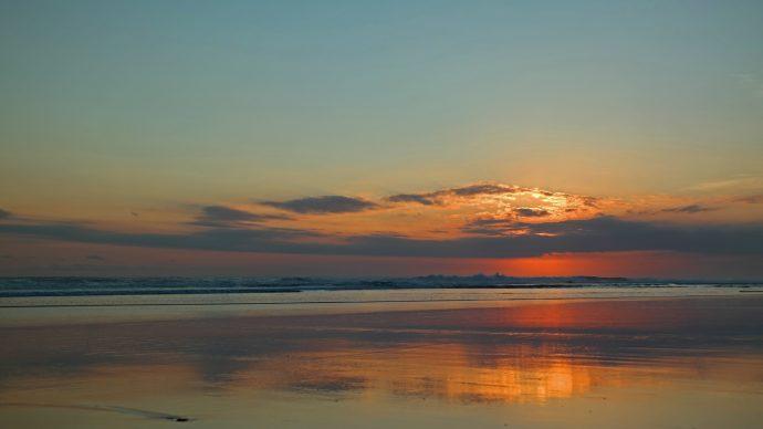 sunset bali seminyak beach low tide dusk