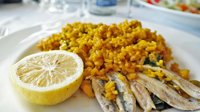 Paella at Ulia Restaurant Benidorm Spain homo vakantie Spanje