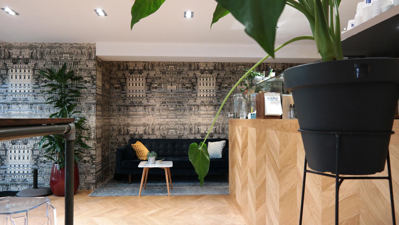 interior hi-tec flaship store amsterdam