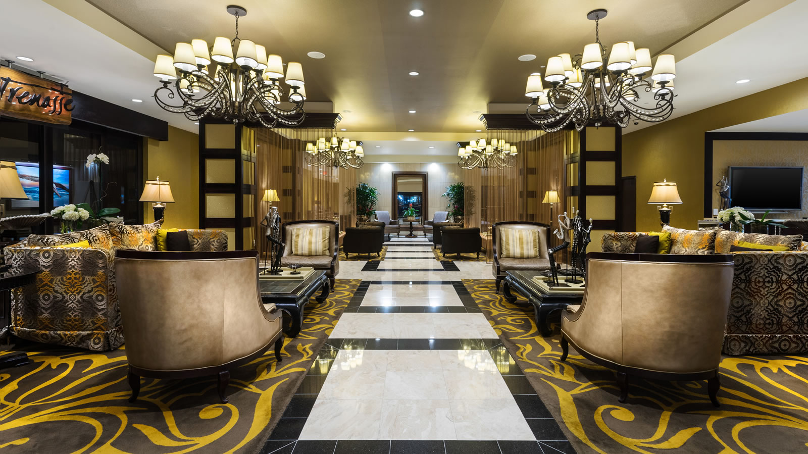 Intercontinental gay travel guide New Orleans